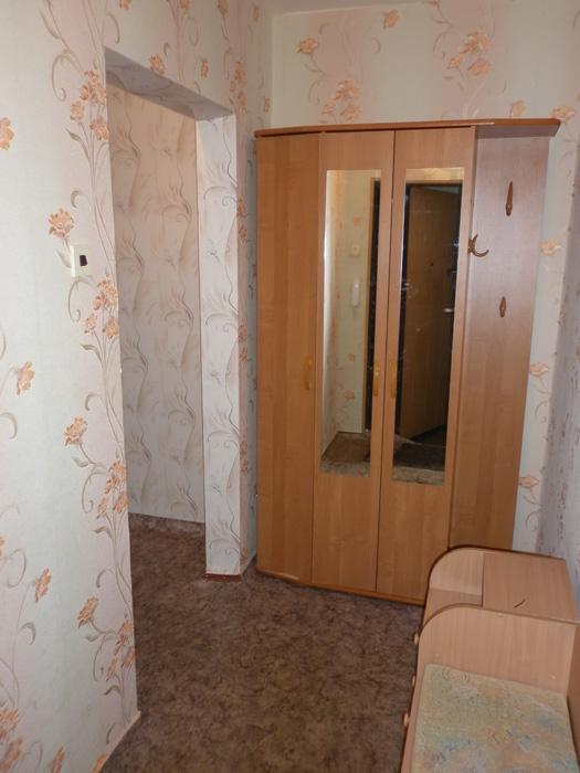 комод в коридоре