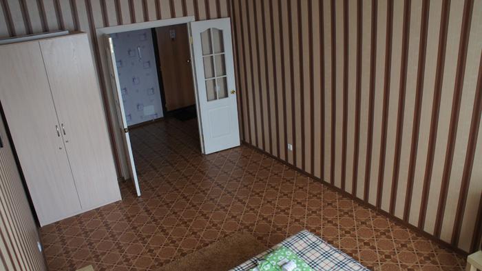 шкаф в квартире на Батурина