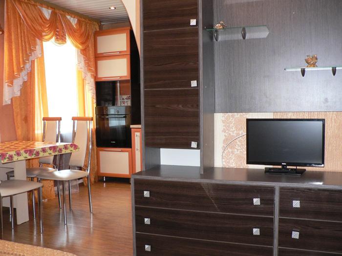 телевизор, стенка, кухня