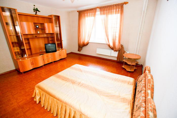 аренда квартиры посуточно в Красноярске на Щорса на правом берегу
