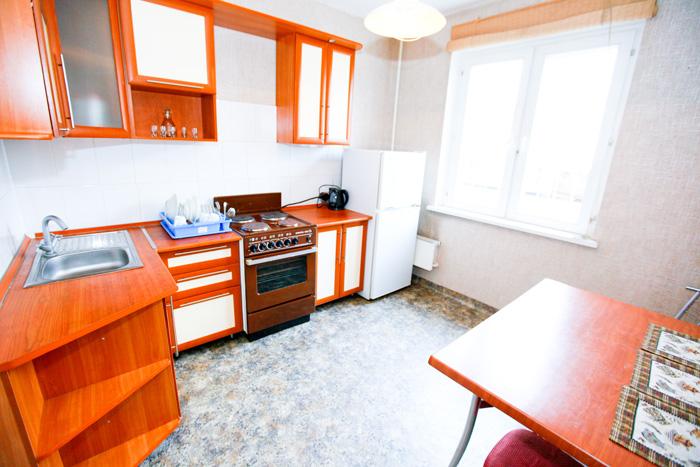 недорогая посуточная квартира в Кировском районе в Красноярске на Щорса