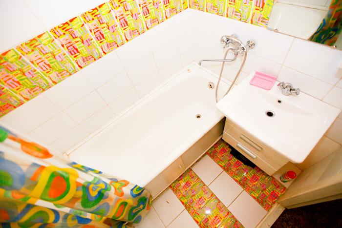 недорогая квартира в посуточную аренду в Красноярске на Щорса на правом берегу