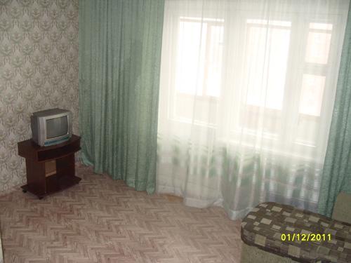 телевизор в квартире посуточно на Светлогорской в Красноярске