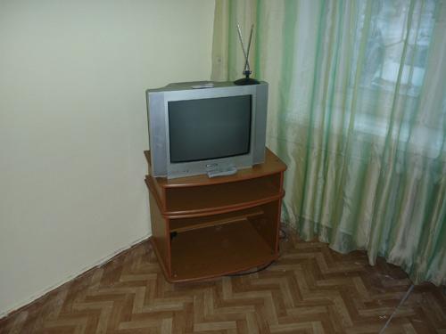 Телевизор квартиры посуточно в Кировском районе на правом берегу