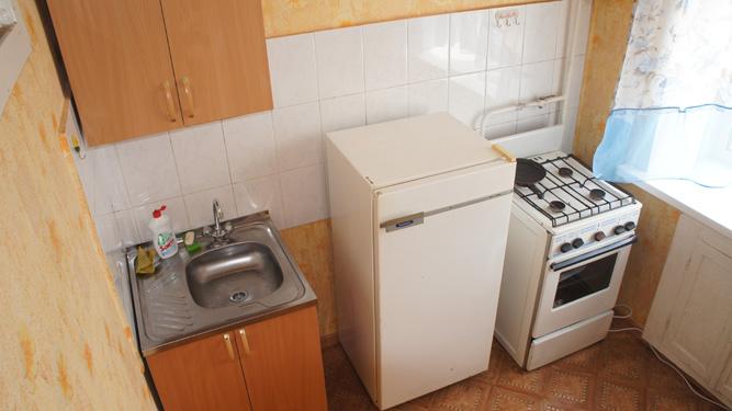 кухня квартиры в посуточную аренду на Высотной в Октябрьском районе в Красноярске